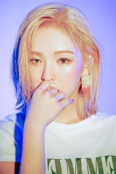 Editor:polarr Edited by: Wendy Red Velvet, Black Velvet, Seulgi, Kpop Girl Groups, Kpop Girls, These Girls, Cute Girls, Asian Music Awards, Girl Crushes