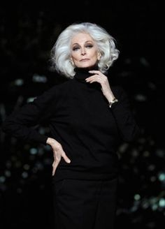 I won't NEED a time machine, because my glamour will transcend age.  (Carmen Dell'Orefice: argent glamour)