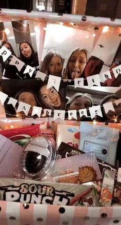 16th Birthday Gifts For Best Friend, 18th Birthday Present Ideas, 16 Birthday Presents, Cute Birthday Ideas, Creative Birthday Gifts, Cute Birthday Gift, Birthday Gifts For Teens, 18th Birthday Ideas For Girls, Gift For Best Friend