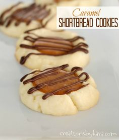 Caramel Shortbread Cookies with Chocolate Drizzle on MyRecipeMagic.com are perfect for any holiday party! #cookies #caramel #shortbread