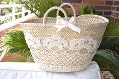 capazos decorados con crochet - Cerca amb Google                              …