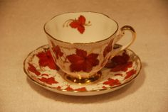 ROYAL CHELSEA ~ RED CANADIAN MAPLE LEAF Tea Cup & Saucer gilt Gold Rim MINT #RoyalChelsea