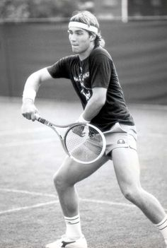 Check this out: the rare sight of Pat Cash in a plain headband. Pat Cash, Tennis Rafael Nadal, Atp Tennis, Vintage Tennis, Wimbledon, Tennis Players, Tennis Racket, Champion, Nostalgia