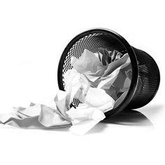 - Não amasse papel - papel amassado ocupa muito mais espaço e é impossível de organizar. Acomode as folhas usadas em uma caixa para que fiquem separadas e simplifiquem o trabalho de seleção por parte dos recicladores. - See more at: http://www.botaparagirar.com/#sthash.ryDXDEvr.dpuf