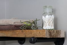 Super easy step by step tutorial for how to make DIY industrial pipe shelves at a fraction of the cost of the store bought version. These would look great with both farmhouse and industrial home decor! Diy Pipe Shelves, Industrial Pipe Shelves, Floating Shelves Diy, Pipe Shelving, Industrial Lamps, Industrial Furniture, Vintage Industrial, Industrial Design, Modern Home Furniture