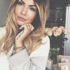 "Farina Oh on Instagram: ""Lovely's i've got a Shopping-Code for my beautiful @strawberryandcream.munich bracelets for you use: S&C-NOVALANALOVE-10 (until 1.3.)"""