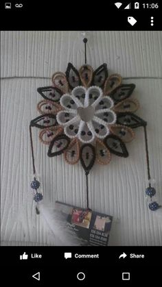 Plastic Canvas Ornaments, Plastic Canvas Christmas, Plastic Canvas Crafts, Plastic Canvas Patterns, Needlepoint Stitches, Needlework, Outside Decorations, Canvas Designs, Hand Embroidery