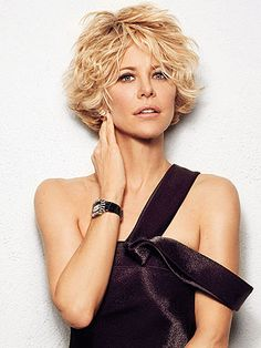 First look: meg ryan: why she left hollywood cabello corto rubio, cabello rizado Short Curly Hair, Wavy Hair, Short Hair Cuts, Meg Ryan Short Hair, Messy Hair, Meg Ryan Hairstyles, Short Shag Hairstyles, Meg Ryan Haircuts, Medium Hair Styles
