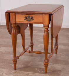 Ethan Allen Drop Leaf Maple and Birch Side Table - Mar 2017 Early American Decorating, Maple Furniture, Drop Leaf Table, Ethan Allen, Bedroom Furniture, Birch, Auction, Mid Century, Leaves