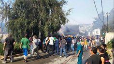 TN SOCIEDAD Un incendio destruyó viviendas y hostels del centro de Bariloche Los vecinos combatieron el fuego con baldes junto a los bomberos. Domingo 1 de Marzo de 2015 | 17:23