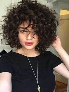 20 Curly Short Hair Pics For Pretty Ladies Love This Hair Chic Curly Bob Haircuts Thick Hair Styles Curly Hair Styles 21 Perms For Short Hair That Are Super Cut Thick Curly Hair, Wavy Hair, Curly Hair Styles, Curly Short, Curly Girl, Short Curls, Frizzy Hair, Short Curly Haircuts, Kinky Hair