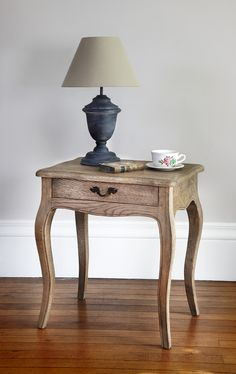 Weathered Oak bed side table with curved legs. By Blue Isle. Wooden King Size Bed, Solid Oak Furniture, Oak Beds, Bedside Table Lamps, Weathered Oak, Bedroom Inspo, Bedroom Ideas, Entryway Tables, Cupboard