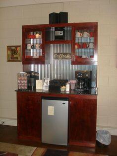 The coffee and tea bar at Salon - - Coffee Stations Coffee Bar Station, Coffee Station Kitchen, Coffee Bar Home, Home Coffee Stations, Beverage Stations, House Coffee, Coffee Area, Coffee Corner, Drink Table