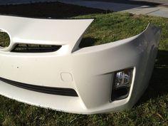 2010 Toyota Prius front bumper w/fog light housing & signal lens ...