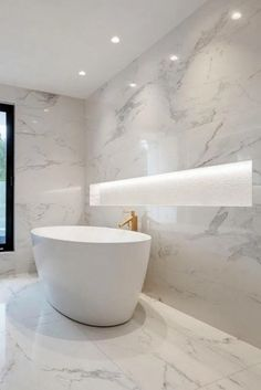 Marble Bathrooms Carrara Bathrooms White Marble Bathroom Ideas Freestanding Marble Bath Large Shower Niche Source by ontheballbathrooms Bathroom Layout, Small Bathroom, Master Bathroom, Bathroom Ideas, Bathroom Tubs, Bathroom Organization, Small Bathtub, Bathtub Ideas, Funny Bathroom