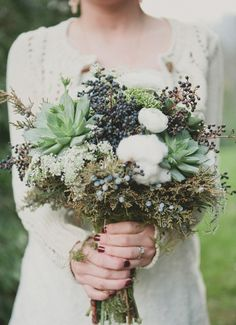Unique Woodland Wedding Bouquets #woodlandwedding #forestwedding