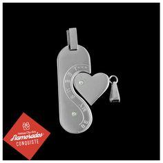 #Trend: Para quem torna sua vida mais doce.   Mais uma dica de presente para o #DiadosNamorados.  Pingente Cara Metade: http://pol.vu/vb