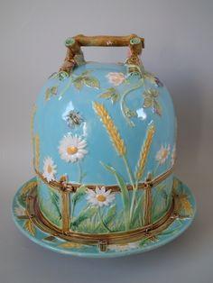 George Jones Majolica picket fence daisy cheese dome