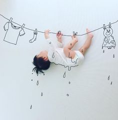Baby Photography With Sketch Makeover – Unique Baby Photo Shoot Ideas babay Newborn Baby Photography, Newborn Photos, Children Photography, Baby Kind, Baby Love, Baby Kalender, Funny Babies, Cute Babies, Kind Photo