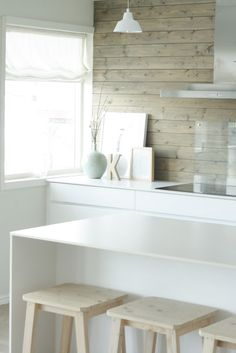 Kitchen - Love the slim profile bench. Wouldn't be able to sit on this one though. NIB - Norwegian interior blogs