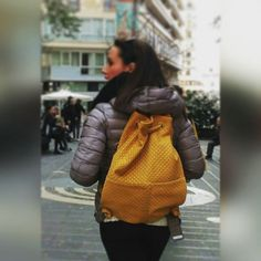 Sunday in yellow!  #bag #bags #borse #zaini #themicam #мешок #сделановиталии #backpack #colourpop #sunday #shopping #shoppingonline #Napoli #fashion #fashionblogger #fashionweek #leather #leatherbag #madeinitaly #madeinitaly🇮🇹 #fattoamano #handmade #instagood #instalike #instacool #instafashion