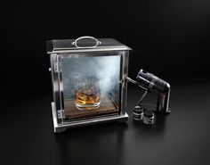 Make Bar-Quality Cocktails At Home With The Smoking Box�