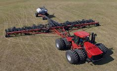 The Case IH Precision Hoe™ air drills offer accurate seed & fertilizer placement & good residue flow in uneven conditions. Case Ih Tractors, Big Tractors, Crop Farming, Agriculture Farming, Equipment Cases, Heavy Equipment, International Tractors, International Harvester, Future Farms