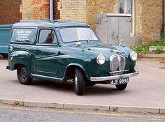 The works van Classic Cars British, British Car, Bedford Truck, Tata Motors, Vader Star Wars, Vintage Vans, Commercial Vehicle, Old Trucks, Old Cars