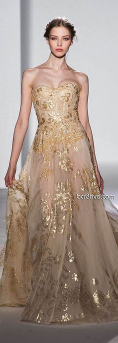 Gold and glitter<3