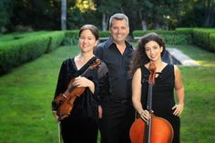 Chamber Music Concert Benefit for Santa Barbara Strings on 5/22. Pictured: Mary Beth Woodruff, Ani Aznavoorian and Robert Cassidy. http://sbseasons.com/2016/05/chamber-music-concert-benefit-for-santa-barbara-strings/ #sbseasons #sb #santabarbara #SBSeasonsMagazine #SBmusic #SantaBarbaraStrings To subscribe visit sbseasons.com/subscribe.html