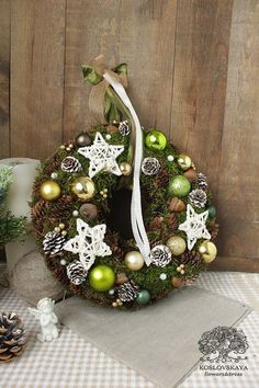 Новый год 2018 Christmas Crafts, Christmas Decorations, Xmas, Holiday Decor, Wreaths For Front Door, Door Wreaths, Holiday Wreaths, Pine Cones, Advent