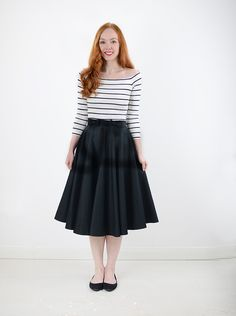 can you wear flats with a midi skirt?