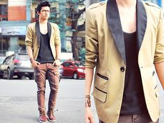 love this blazer Urban Chic, Love Fashion, Mens Fashion, Mens Trends, Blazer Fashion, Costume, Attractive Men, Style Icons, Jeans