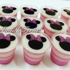 Mickey Mouse Birthday Cake, Fiesta Mickey Mouse, Minnie Mouse Birthday Invitations, Minnie Mouse Pink, Mickey Minnie Mouse, Fruit Jelly Recipe, Gateau Baby Shower, Jelly Cake, Jello Recipes