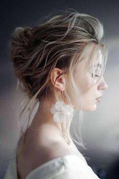 elegant wedding hair Elegant Wedding Hairstyles For Gentle Brides elegant wedding hairstyles textured wavy blonde french roll tanyaborisovacom Elegant Wedding Hair, Short Wedding Hair, Wedding Updo, Wedding Bride, Wedding Suits, Trendy Wedding, Wedding Styles, Wedding Ideas, Loose Hairstyles