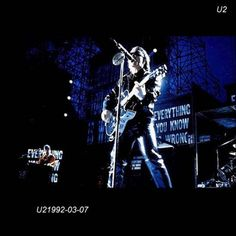 U2 -ZOO TV Tour -07/03/1992 -Hampton USA - Hampton Coliseum