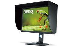 "BenQ SW320, display 4K per fotografi certificato Technicolor - BenQ porta sul mercato italiano il monitor per fotografi BenQ SW320, un display 4K da 31,5"" con funzione High Dynamic Range (HDR) e performance cromatiche al top."