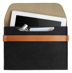 Mujjo iPad Sleeve - Brown Leather Edition - 100% Wool Felt