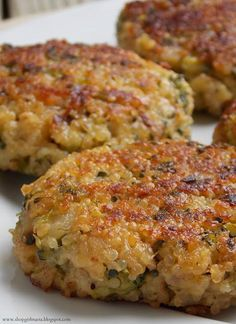 (WIN!!) Cheesy Quinoa and Broccoli Patties - It was the first time I ever ate quinoa, and loved it! I eyeballed the amounts of broccoli, cheese and breadcrumbs. You need to be patient and let them brown nicely before flipping. Win!!! :)
