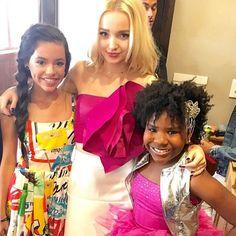 Dove Cameron with Trinitee Stokes and Jenna Ortega
