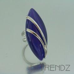 Anillo azul de ojo de gato ajustable bañado en rodio |  Cat´s eye rhodium plated adjustable blue ring
