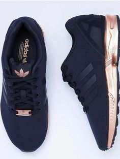 Adidas Women Shoes Tendance Basket Femme Adidas Womens ZX Flux core black/copper metallic they are soooo beautiful - We reveal the news in sneakers for spring summer 2017 Adidas Shoes Women, Adidas Sneakers, Rose Gold Adidas Shoes, Black Adidas Shoes, Adidas Shirt, Cheap Adidas Shoes, Rose Gold Shoes, Cheap Shoes, Adidas Gold