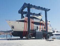 200 Ton Travel Lift - Professional Travel Lift Factory Price for Sale Boat Hoist, Gantry Crane, Remote, Travel, Viajes, Destinations, Traveling, Trips, Pilot