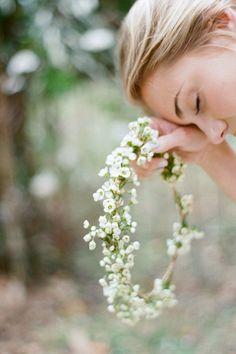 Simple floral crown [by Elizabeth Messina]