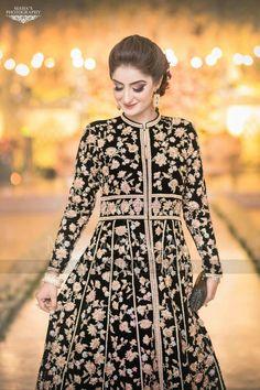 Bridal Mehndi Dresses, Pakistani Wedding Dresses, Awesome Dresses, Nice Dresses, Churidar, Anarkali, Afghani Clothes, Hira Mani, Shadi Dresses