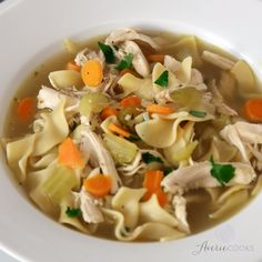 Homemade Chicken Noodle Soup Easy Homemade Chicken Noodle Soup - Classic, comforting, and tastes just like grandma made but way easier and faster! This soup is AMAZING and it'll be your new favorite recipe! Chicken Soup Recipes, Easy Soup Recipes, Dinner Recipes, Cooking Recipes, Healthy Recipes, Chicken Soups, Gluten Free Chicken And Noodles Recipe, Home Made Chicken Noodle Soup Recipe, Chicken Noodle Soup Rotisserie