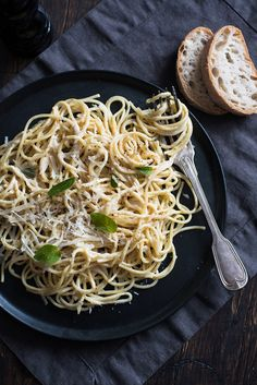 Spaghetti with Roasted Garlic, Mascarpone, Olive Oil, Cream, Basil and freshly Grated Parmesan.