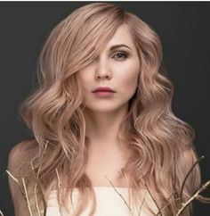 Rose Gold hair colour. Going to try for this at my next appointment! ^Rose