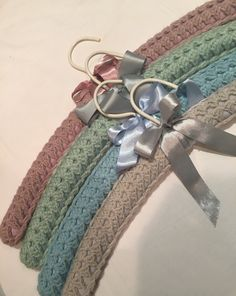 Crocheted clothes hangers. Crocheted coathanger covers. #coveredhangers #crochetcoathangers Knitting Patterns Free, Knit Patterns, Free Knitting, Free Crochet, Crochet Coat, Crochet Clothes, Clothes Hangers, Pinterest Diy, Coat Hanger