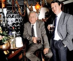 Inspector Morse and Lewis mulling things over at their local.....the White Horse, perhaps?